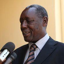 Karenzi Karake yabohowe! Hagati aho, ingoma nkoramaraso ya FPR-Inkotanyi na Kagame yongereye kwiyuhira inkaba!