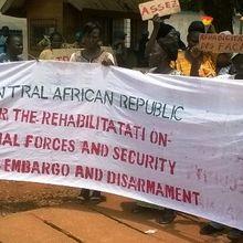 Des femmes centrafricaines réclament la levée de l'embargo et la réhabilitation des FACA