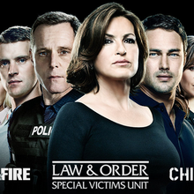 "Grille des networks du 26/04 au 01/05 : retour de ""Stalker"" ; cross-over entre ""Chicago Fire"", ""Chicago PD"" et ""NYUS"" ; fin de saison pour ""One Big Happy"", ""Backstrom"", ""Mom"" et Blue Bloods"""