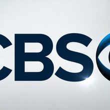 "UPFRONTS 2015 : CBS annule ""Battle Creek"" et ""Stalker"" ; ""Supergirl"", ""Code Black"", ""Limitless"", ""Rush Hour"", ""Esprits Criminels : Beyond Borders"", ""Life In Pieces"" et ""Angel From Hell"" commandés"