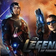 "CW lance ""DC's Legends of Tomorrow"" et la saison 3 de ""The 100"" le jeudi 21 janvier ; ""The Vampire Diaries"" et ""The Originals"" reléguées au vendredi"