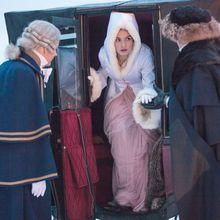 """Démarrage réussi pour la nouvelle adaptation de """"Guerre Et Paix"""" sur BBC1 ; le final de """"Downton Abbey"""" grimpe à 10.9 millions en incluant les rattrapages"""