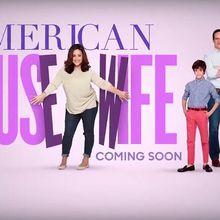 """Découvrez les bandes annonces de """"American Housewife"""", """"Speechless"""", """"Imaginary Mary"""" et """"Downward Dog"""", les nouvelles comédies de ABC"""