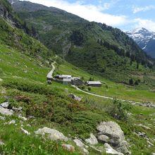 Col du Retour (2419m) - Lac du Retour (2397m) - Crête des Couloureuses (2552m) au départ de la Savonne
