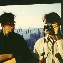 1990 mars Tour du Monde