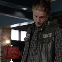 Critiques Séries : Sons of Anarchy. Saison 7. Episode 3. Playing with Monsters.