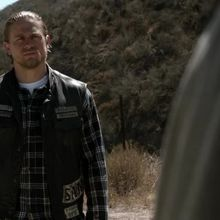 Critiques Séries : Sons of Anarchy. Saison 7. Episode 8. The Separation of Crows.