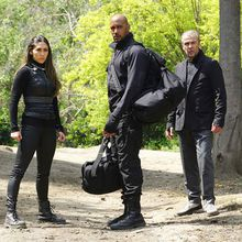Critiques Séries : Marvel's Agents of S.H.I.E.L.D.. Saison 3. Episode 20, 21 et 22.