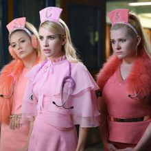 Critiques Séries : Scream Queens. Saison 2. Episode 1.