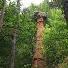 Une cheminée de fée aux portes du Sancy