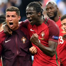 Euro 2016: Le sacre du Portugal, la blessure de Ronaldo, le but d'Eder, tout un enseignement