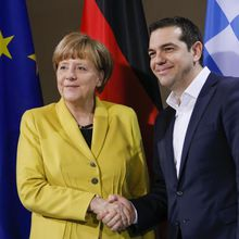 """Grèce : Alexis Tsipras écarte Varoufakis des négociations : le dernier """"pschitt"""" de Syriza?"""