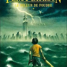 Percy Jackson : Le voleur de foudre de Rick Riordan : Une très bonne introduction à cet univers !