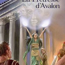 [Avis] La Prêtresse d'Avalon - Marion Zimmer Bradley