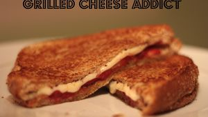 Grilled-cheese aux fraises