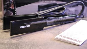 Le lisseur Toni and Guy Professional 235 Salon Straightener avec des plaques XL : Top ou Flop ?