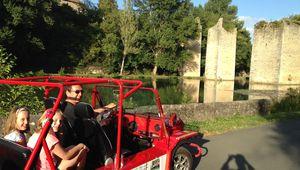 Découvrez notre offre d'écomobilité touristique en Nosmoke,une voiture 100% électrique
