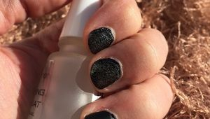 Nail shines like a black diamond