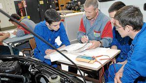 Apprentissage: La CGT exige l'ouverture d'urgence d'Assises de l'alternance