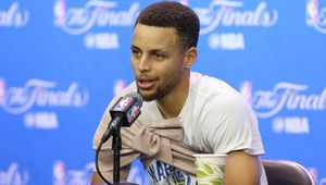 "Stephen Curry : "" On doit gagner pour Draymond Green """