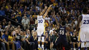 Vidéo : Les 13 paniers à 3-points de Stephen Curry