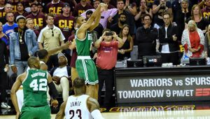 Les Celtics effacent LeBron James et un déficit de 21 points pour faire tomber Cleveland à la Quicken Loans Arena