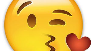 Manucure emoji & nuages!!