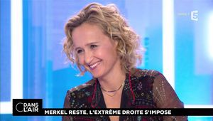 Caroline Roux C Dans l'Air France 5 le 25.09.2017