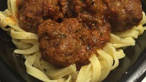 Boulettes de viande et sa sauce tomate