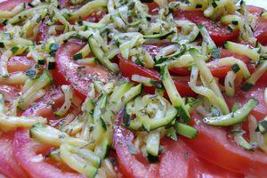 Salade de tomates et courgettes