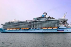 Debutta ALLURE OF THE SEAS, la nave da crociera più grande del mondo