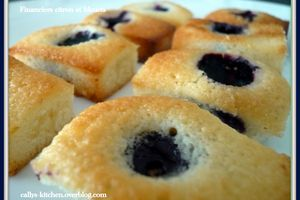 Financiers citron et bleuets