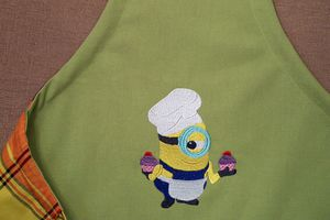 broderie Minion de Dominique