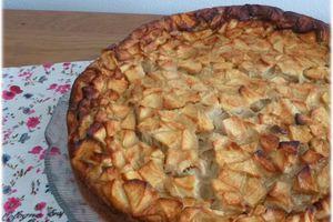 ... Recette de Ma Maman ... Flognarde aux Pommes, Raisins et Rhum ...