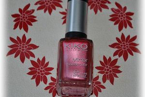 Kiko 619 - Red Peony (collection Mirror)