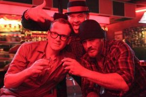 Cheap Thrills (BANDE ANNONCE VO 2013) avec Pat Healy, Ethan Embry, Sara Paxton