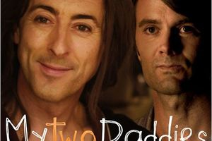 My Two Daddies (BANDE ANNONCE VOST 2012) avec Alan Cumming, Garret Dillahunt, Isaac Leyva