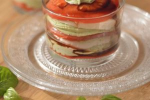 Tomates-mozza & chantilly au basilic