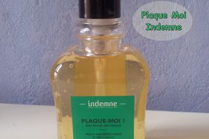 Plaque Moi  by Indemne