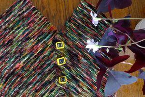 """""""Angles"""" un original petit gilet enfant au tricot"""