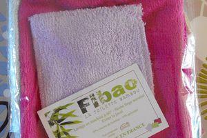 Gant démaquillant, nettoyant bamboo microfibre et tout bamboo Fibao