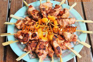 Pinchitos de Pollo (brochettes de poulet)-Espagne