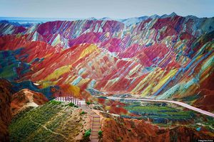 Picture of the Day : Zhangye Danxia, China