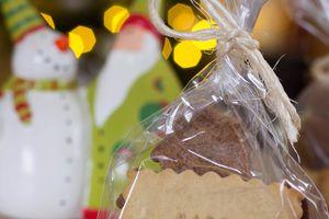 Mes cadeaux de Noël 2014 - petits paquets de biscuits personnalisés