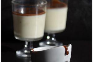 Panna Cotta à la vanille et son coulis au carambar caramel