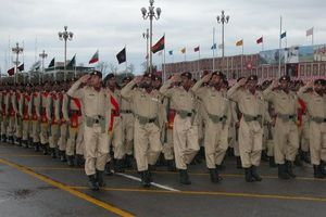 Pakistan Army Ready to Defend Country
