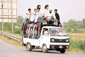 Trafic conditions in Pakistan