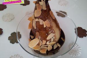 Poire Pochée - Chocolat & Amandes Grillées