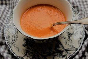"""velouté rapide de tomates """"d'hiver"""""""
