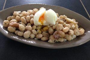 Salade de cocos de Paimpol, oeuf mollet et thym